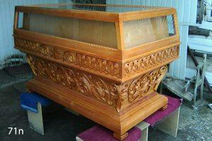 grobnica-reznaya-71n
