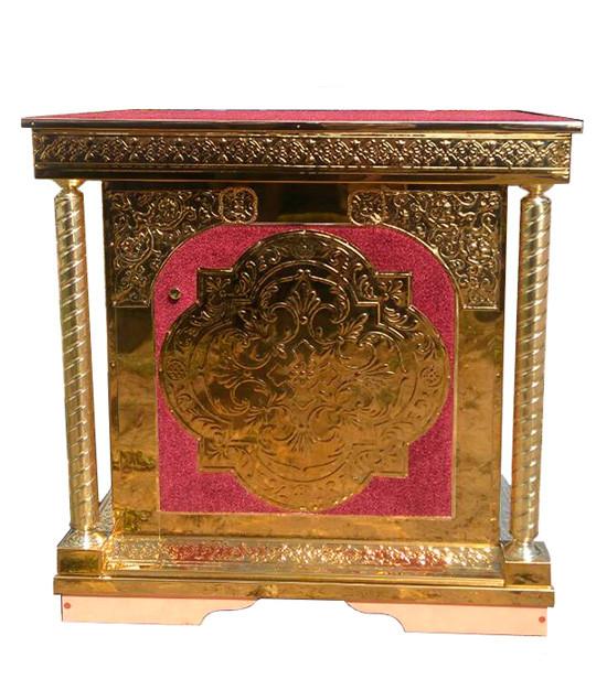 Жертвенник для храма из булата с чеканкой и вставками бархата