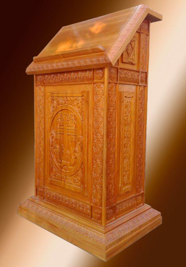 Деревянный аналой резной для храма 75x50см