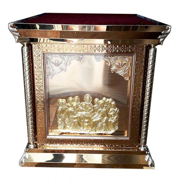 Купить Ризу на престол с золочением икон и чеканкой 100х100см
