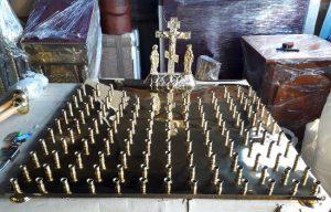 Крышка панихидного стола из булата на 130 свечей с голгофой