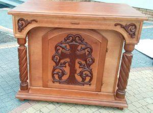 Большой панихидный стол из дерева под лак