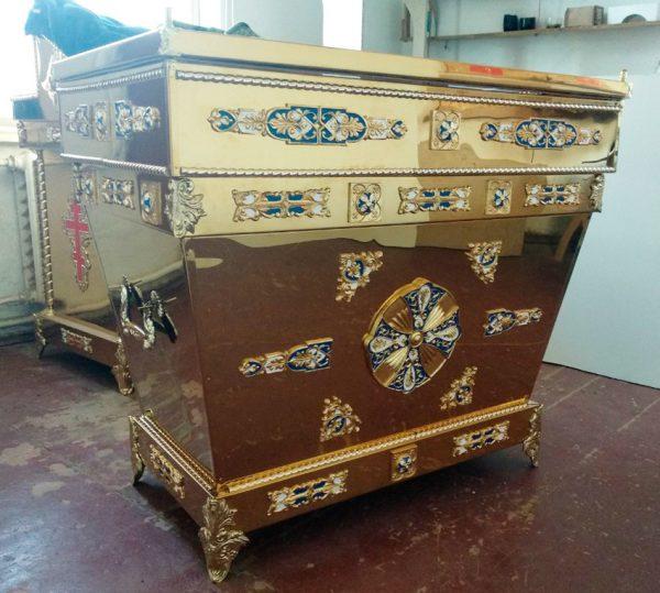 Гробница-рака из булата с декором (спецзаказ)