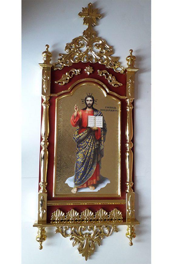 Настенный киот Господь Вседержитель с золочением и резьбой