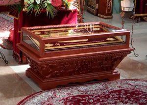 Малая резная гробница из дерева под плащаницу 47х105см (спецзаказ)