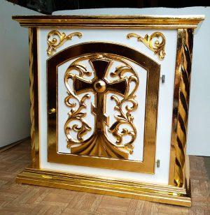 Белый жертвенник из дерева с позолотой для церкви