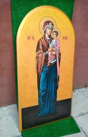 Икона Пресвятой Богородицы на камне большая