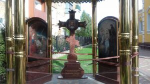 Иконы на камне и крест в часовне г.Нововолынск (спецзаказ)