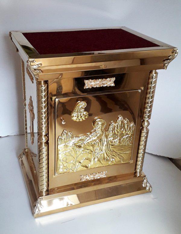 Жертвенник неразборный с декором на булате для храма
