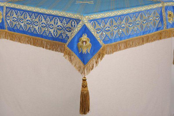 Скатерть вышитая на престол или жертвенник голубое с золотом