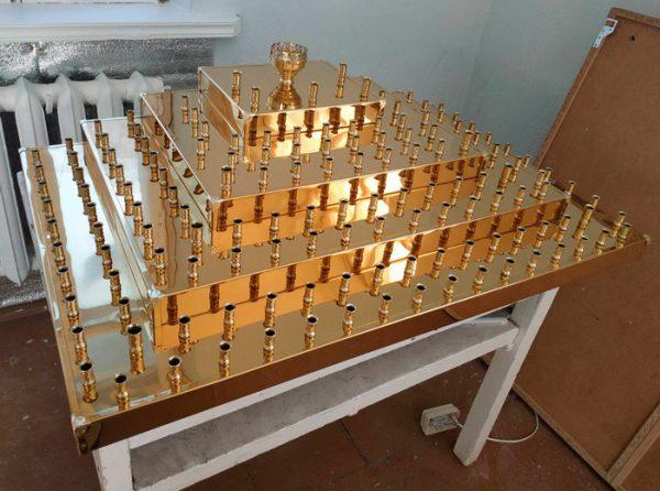 Панахидный столик пирамидной формы с лампадкой 158св.