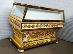 Резная гробница для храма с позолотой резьбы