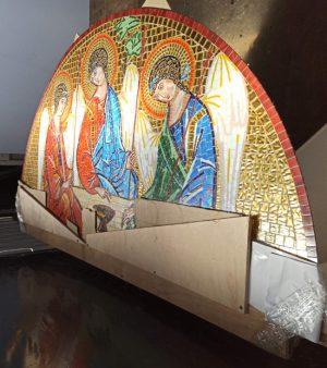 Икона Святой Троицы из мозаики