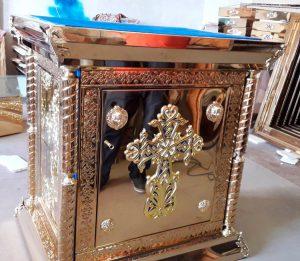 Жертвенник из нитрид титана с дверцей и декором 95*75cm