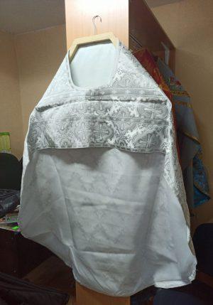 Пошив облачений в мастерской по пошиву (парча)