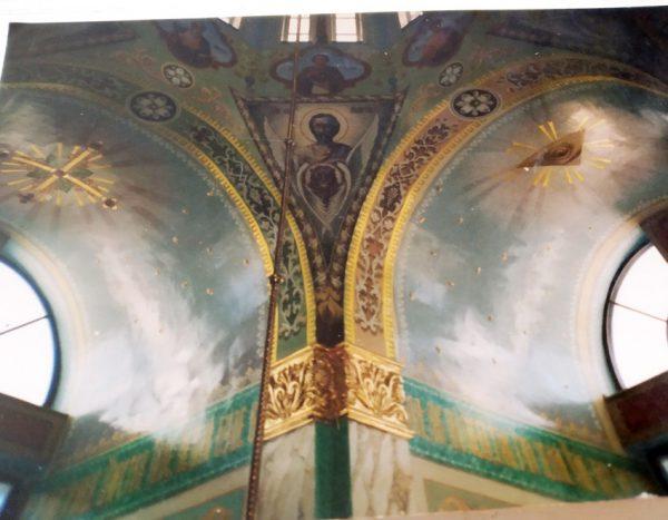Фрагменты художественной росписи стен и потолка храма на заказ (фрагменты работ)
