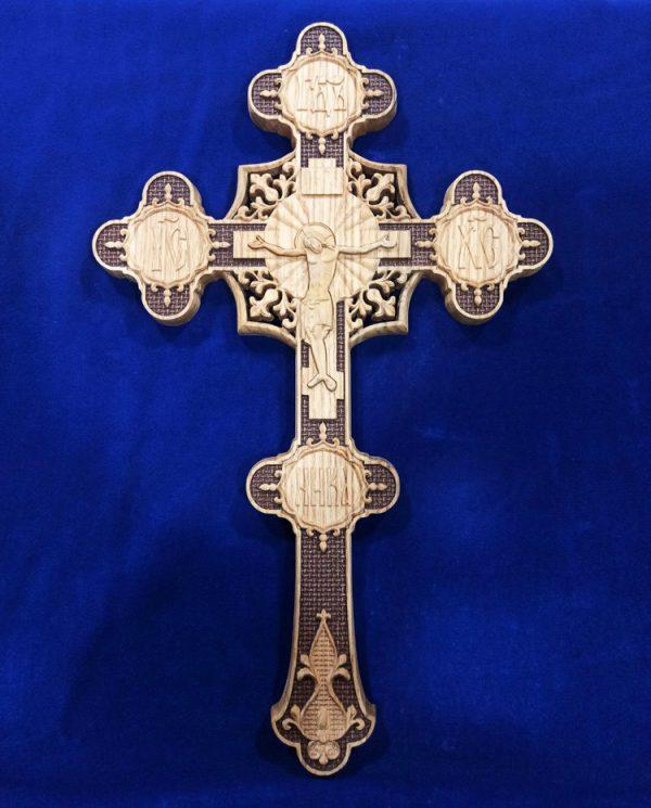 Резной Крест фигурный в руку