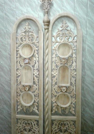 Резные Царские врата иконостаса из липы