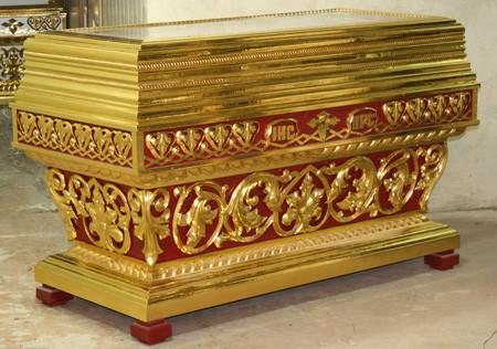 Гробница рака с прямым верхом
