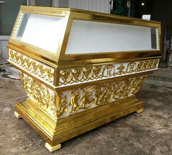 Большая гробница церковная под плащаницу Спасителя