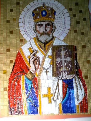 Икона Николая Чудотворца в митре из мозаики для храма