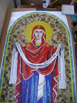 Икона Пресвятой Богородицы Покрова в мозаике